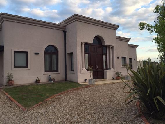 Casa En Venta, 3 Dormitorios, Piscina. Arroyo Dulce, Luján