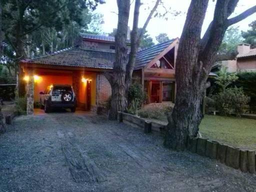 Bosque Del Cristo- Costa Del Este - Alquiler 4 Y 6 Personas