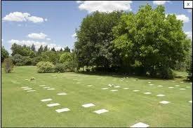 Parcela jardin de paz pilar en parcelas nichos y b vedas for Cementerio jardin de paz pilar