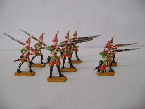 Imagen 1 de 6 de Nico 7 Fusileros En Combate Soldados De Plomo (pmv 37)