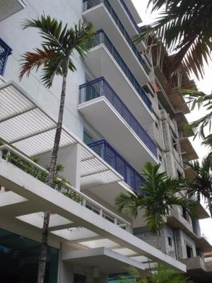 Alquiler - Penthouse - Evaristo Morales -440 Mts2