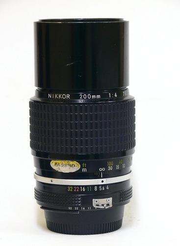 Objetiva Nikon 200mm.1:4