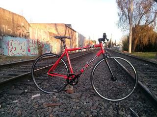 Bicicleta De Ruta Aluminio Cinelli Shimano 21v