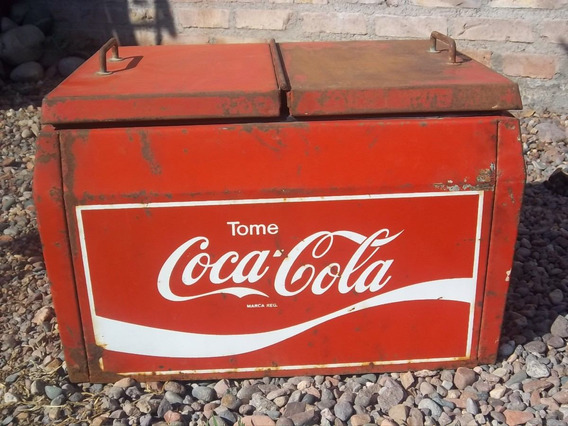 Heladera Antigua A Hielo De La Marca Cola Cola.