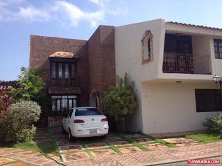 M&r Casa La Aldea