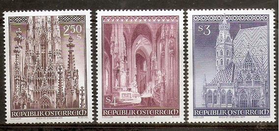 Austria Serie Completa Mint #1373/75 Catedral Saint Etienne