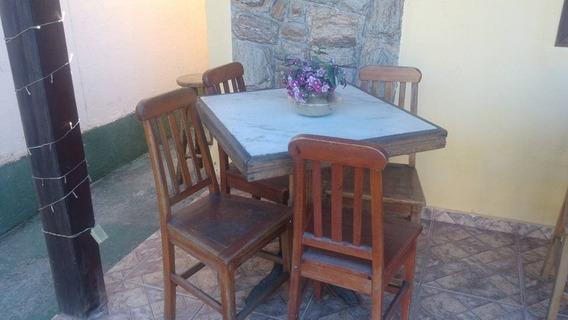 Mesas De Boteco Com 4 Cadeiras /mármore C/madeira R$ 700,00