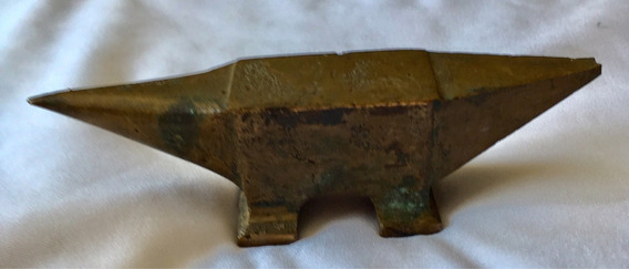 Bigorna Bronze Antiga Miniatura 9,4x2,6x2,4cm