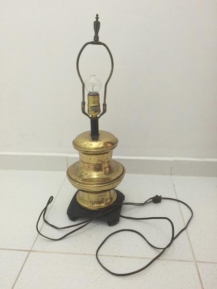 Luminária Abajur Antigo De Metal Amarelo Latão