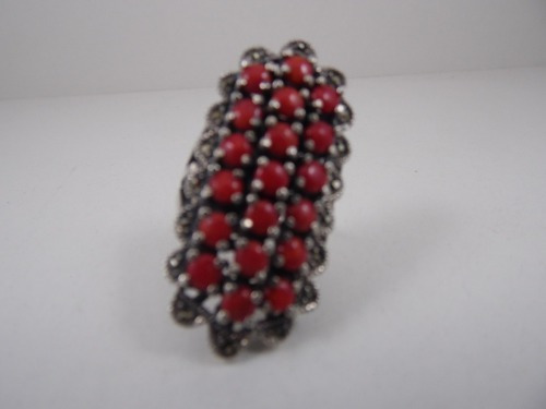 Anel De Prata Com Pedras Vermelhas