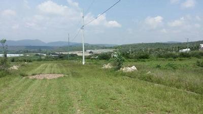 Terreno De 400m2 En El Fraccionamiento Residencial Hacienda