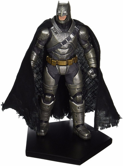 Batman Vs Superman Armored Batman Estatua 1/10 Iron Studios