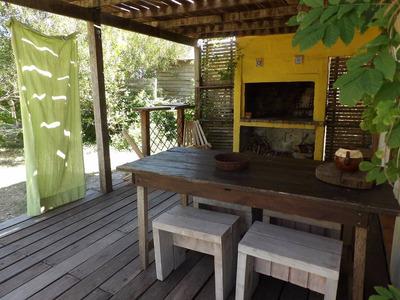 Casa Muy Calida A 100m De La Playa, En Valizas