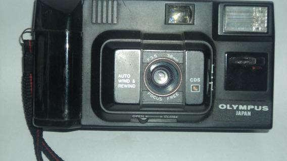 Camera Fotográfica Olympus Auto 35mm