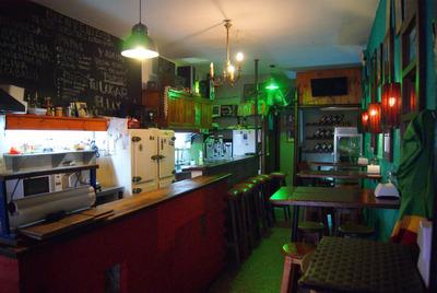 Venta Bar Y Rotiseria En El Prado.