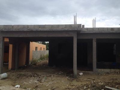 Amplia Casa De Oportunidad En Villa Mella