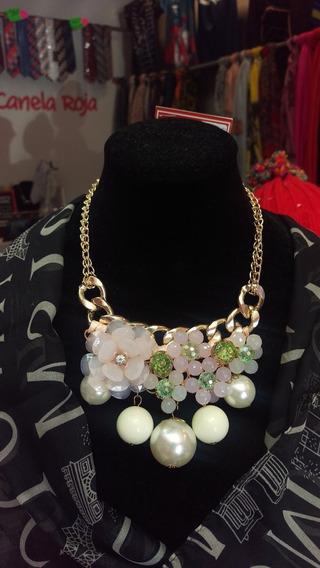 Hermoso Collar Con Perlas Y Flores En Tono Rosa Pastel Envio