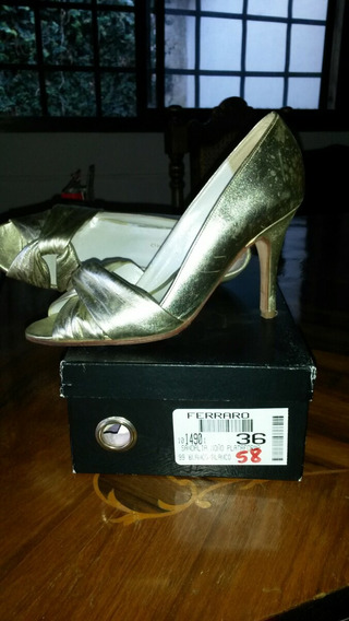 Zapatos Talle 36 Dorados Ferraro (cuero) De Alta Calidad