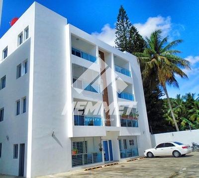 Apartamento De Venta En Los Laureles Santiago