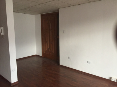 Arriendo Oficina De 116 M2 En La República Del Salvador