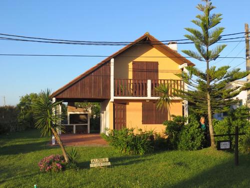 Libra Excepcional Casa  A 80 Mts. Mar. 480 U$d Semana Santa