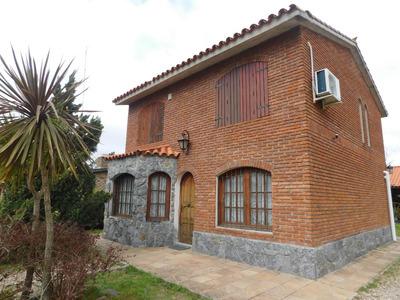 Excente Oportunidad De Una Casa En El Pinar