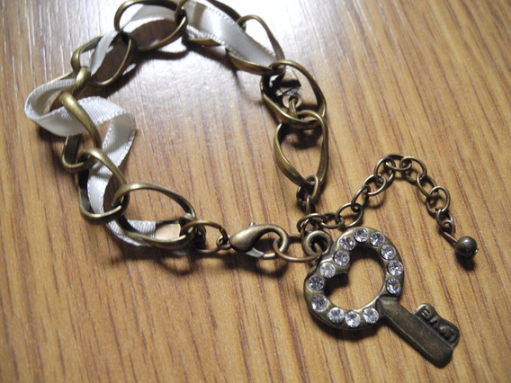 Pulseira Chaves Chave Fita Ouro Chave Strass Feminina K