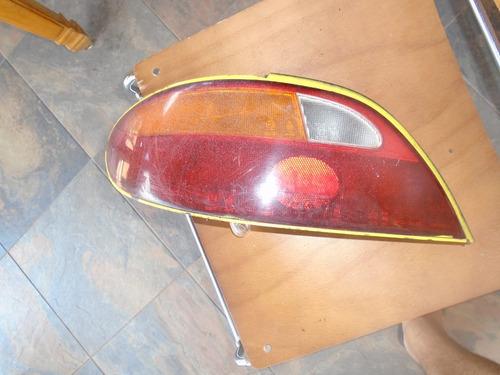 Vendo Lampara Trasera Izquierda De Hyundai Elantra, Año 1998