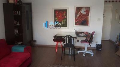 Apartamento No Gonzaga Com Sacada E Vaga Demarcada