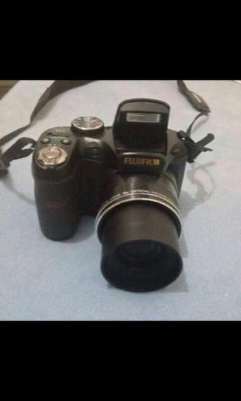 Câmera Semi Profissional Fuji