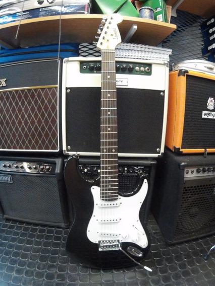 Guitarra Eléctrica Tipo Strato Leonard Color Negro