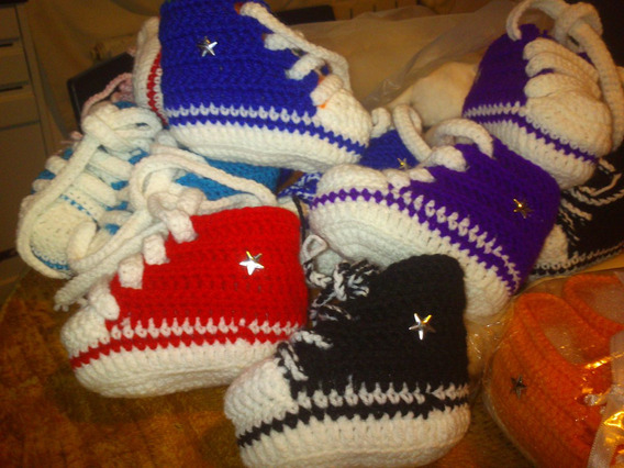 Zapatillas En Crochet Almohadon Emoticon