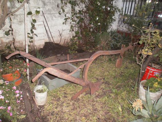 Antiguo Arado Mancera De Hierro Ideal Decoracion Jardines