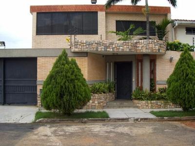 Jc Vende Bella Casa En El Trigal Centro.
