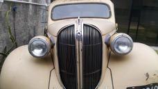 Playmouth Sedan 4 Puertas 1938