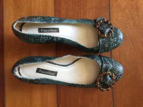 Sapato Anabela Couro Com Strass Confortável Tipo Píton