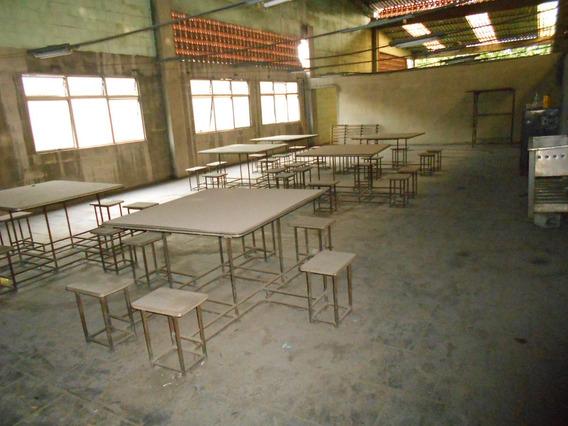 * 1 Pç - Mesa 6 Lugares - Refeitório E Escolas - Usada
