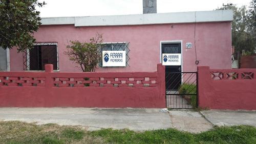 Casa Esquina Sobre Americo Vespucio, Las Piedras