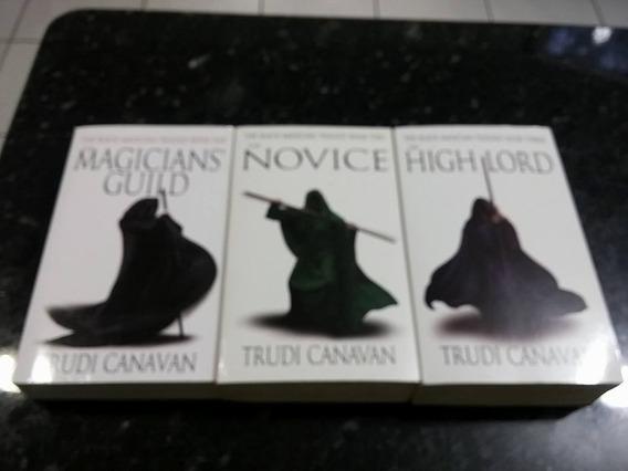 Livros Pockets - The Black Magician - 3 Vols!!!