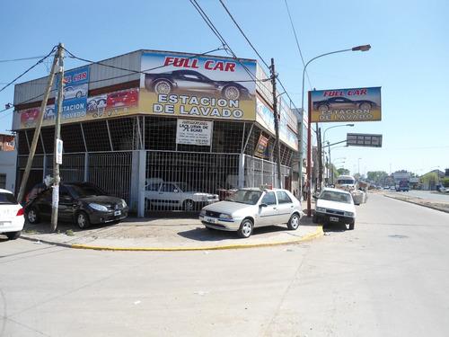 Local En Excelente Esquina De 200 M2. Libre De Gastos