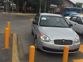 Dodge Attitude Modelo 2011 4 Puertas 4 Cilindros