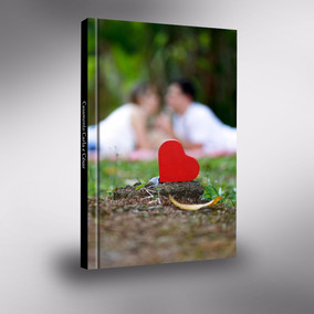 Mockup Psd Album De Casamento 20x30 Vertical