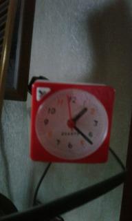 Reloj Despertador Hora Alarma Y Luz Caba Cañuelas Envio