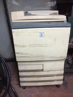 Fotocopiadora Xerox Docucolor 12