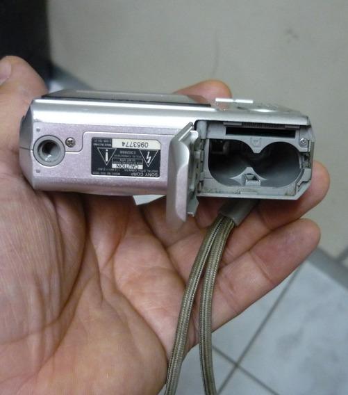Camera Sony Cyber-shot 7.2 Mega Pixels - Com Defeito
