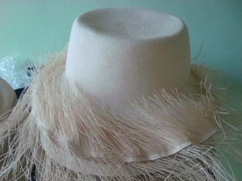 Imagen 1 de 5 de Sombrero Fino Montecriti