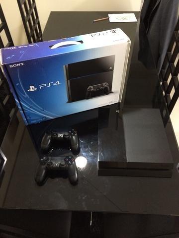 Playstation 4 - Ps4 + 2 Controles + 4 Jogos