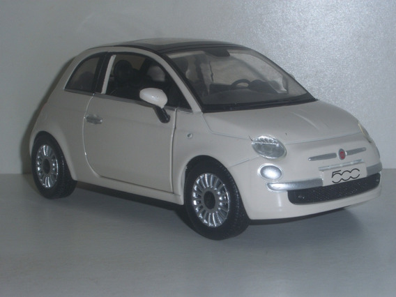 Miniatura Carro - Fiat 500 - Esc. 1:24 - New Ray