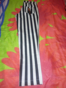 Roupas Novas Com Intiquetas .calça Listrada Bermuda Jeans Es