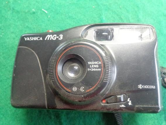Camera Yashica Mg-3
